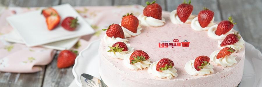 طرز تهیه کیک توت فرنگی با پودر کیک آمون